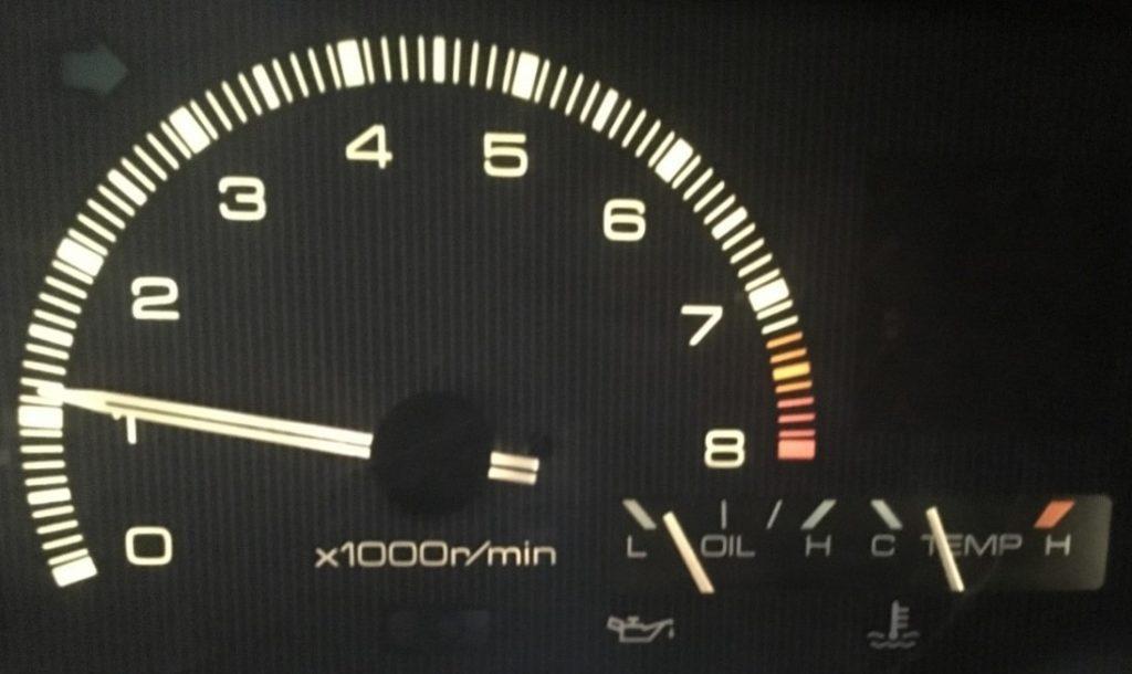 純正メータの油圧は低い